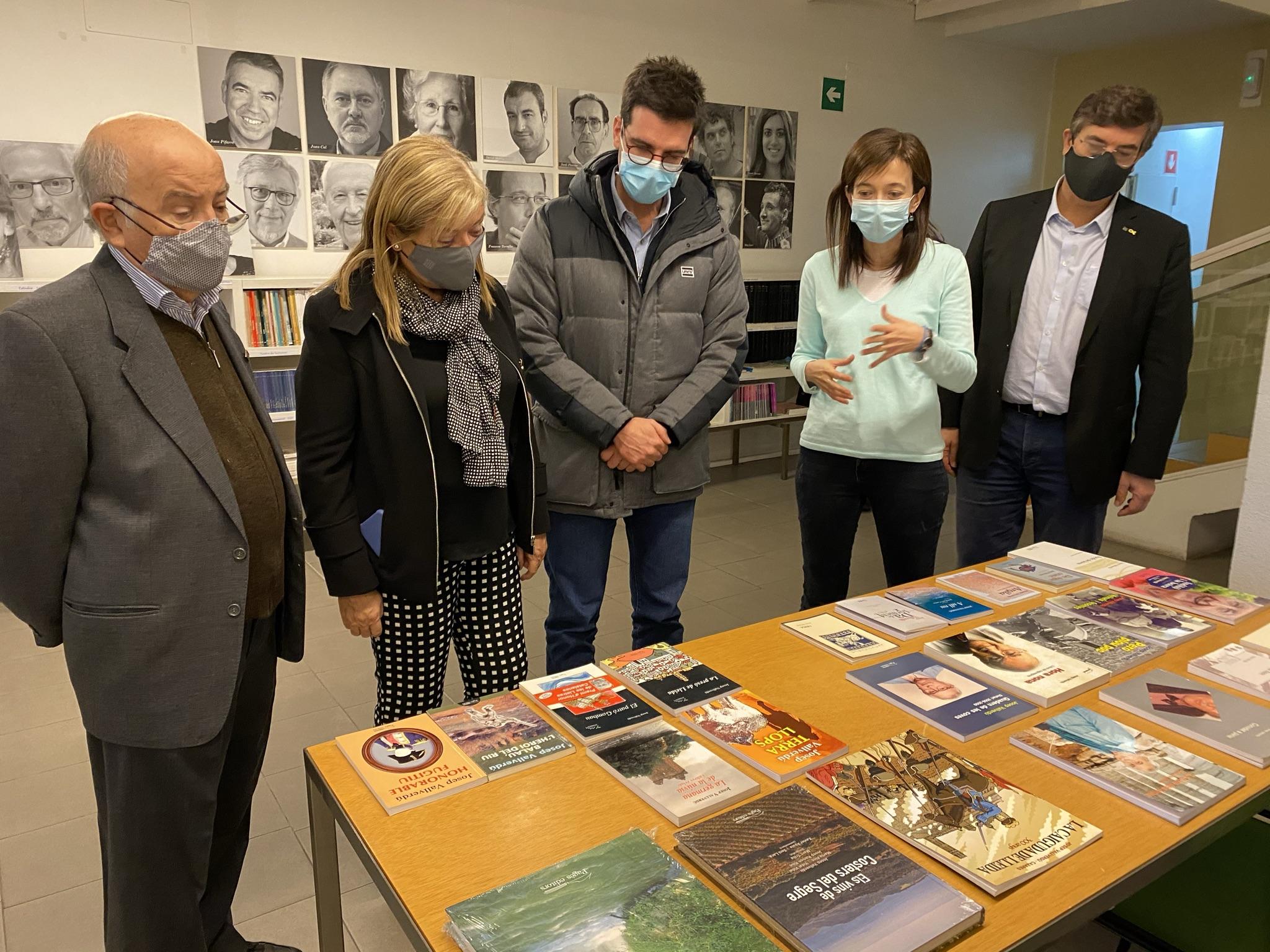 La consellera de Cultura de la Generalitat, Àngels Ponsa, visita Pagès Editors