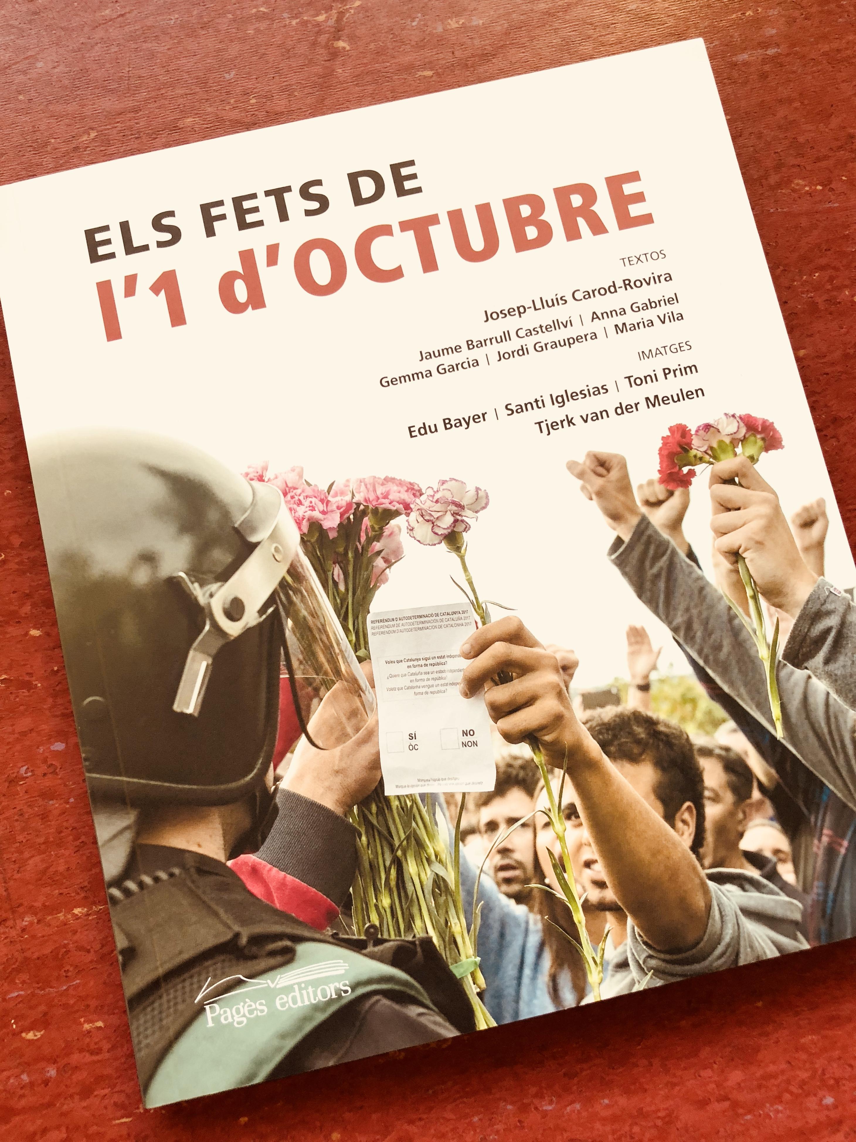 Pagès Editors presenta 'Els fets de l'1 d'octubre', el primer llibre de fotografies sobre aquesta històrica jornada
